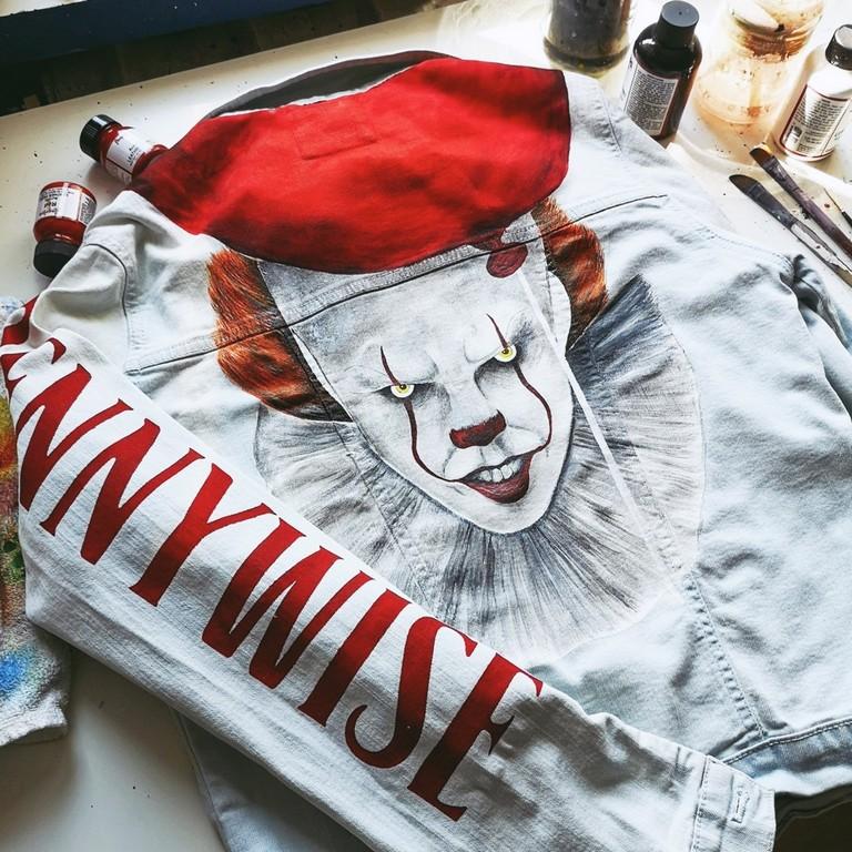 Ręcznie malowana jeansowa kurtka